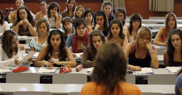 tributo chicas universitarias