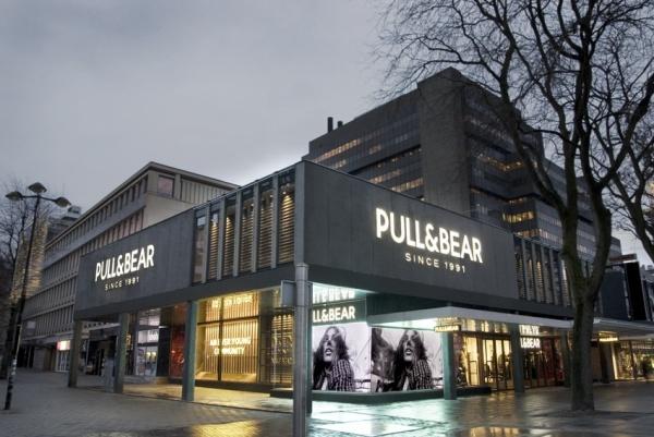Inditex Abre En Holanda La Tienda Mas Grande De Pull Bear En El Mundo