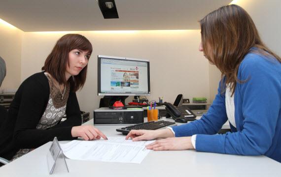 Nueva oficina de vivienda regional en alcal de henares for Oficina de vivienda comunidad de madrid