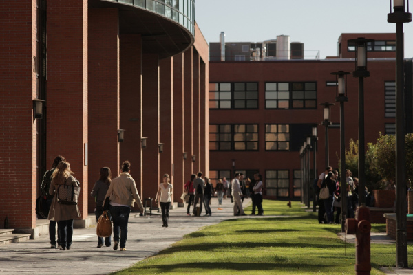 Tres candidatos se disputan este lunes el rectorado de la for Universidad de madrid