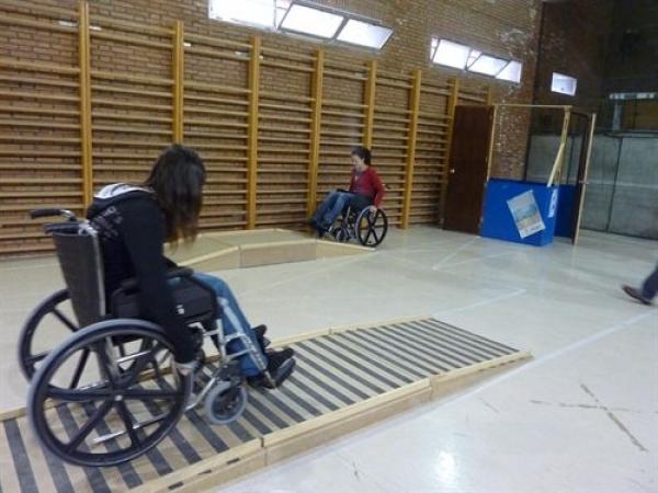 La Generalitat De Catalu A Aconseja A Discapacitados Ir A