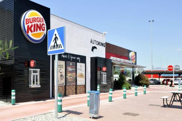 burger king y reas se al an para crecer en aeropuertos y estaciones de. Black Bedroom Furniture Sets. Home Design Ideas