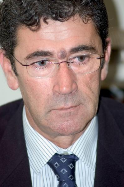 El subdelegado de la Junta de Andalucía en el Campo de Gibraltar, Tomás Herrera Hormigo, anunciará este viernes su dimisión en este cargo que ocupa desde ... - tomas-herrera-dimite-subdelegado-junta-andalucia-campo-gibraltar_1_736708