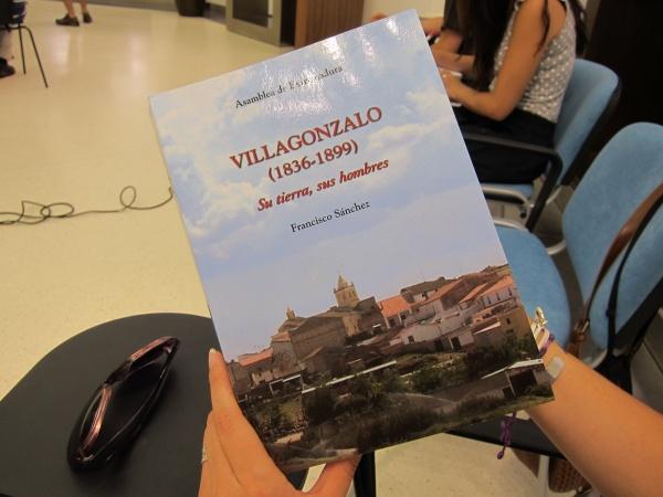 http://es.globedia.com/imagenes/noticias/2011/7/28/ventas-libro-villagonzalo-1836-1899-destinaran-financiar-operaciones-ninas-chinas_1_815871.jpg
