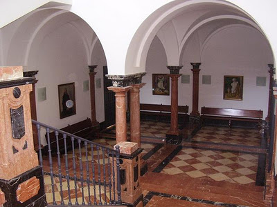 Sevilla oculta f brica de cross pirotecnia for 5 principales villas ocultas