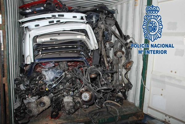 http://es.globedia.com/imagenes/noticias/2012/2/15/policia-intercepta-valencia-contenedor-repleto-coches-robados-resuelve-sustracciones-cometidas-madrid_1_1093392.jpg