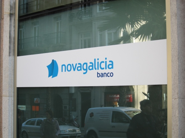 Novagalicia banco plantea bajas para 750 empleados y el for Novagalicia horario oficinas