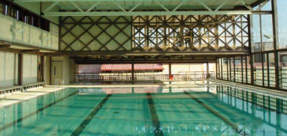 El polideportivo municipal escuelas p as en detalle for Piscina escuelas pias