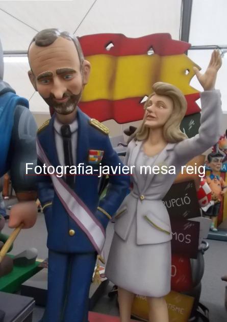 reyes-espana-felipe-dona-leticia-protagonistas-exposicion-ninot-2015-fallas-valencia_1_2216024.jpg