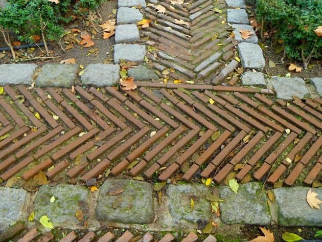 Arquitectura madrile a desconocida vi el jard n del - Pavimentos de piedra natural ...